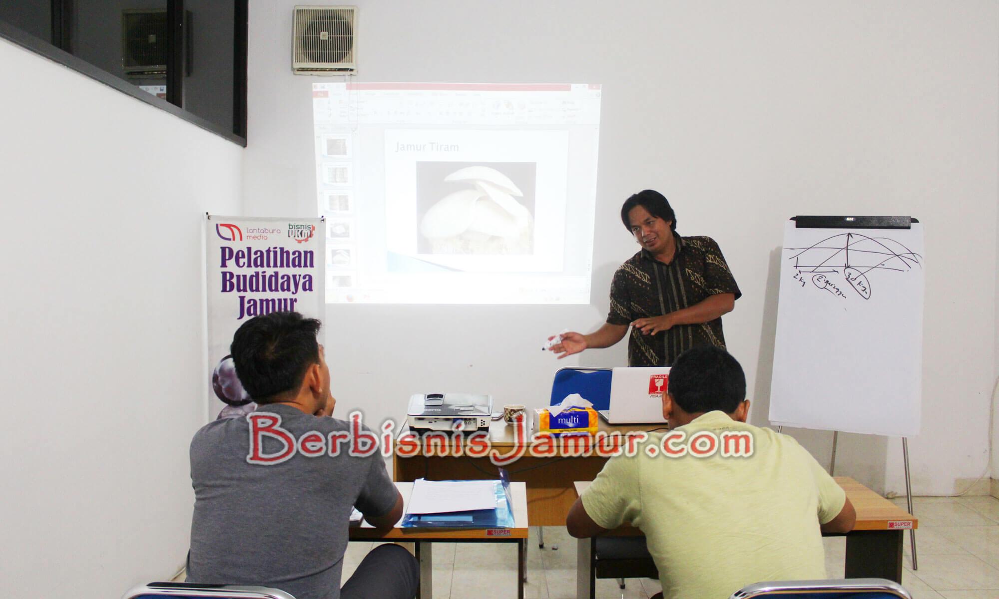 Materi kelas online