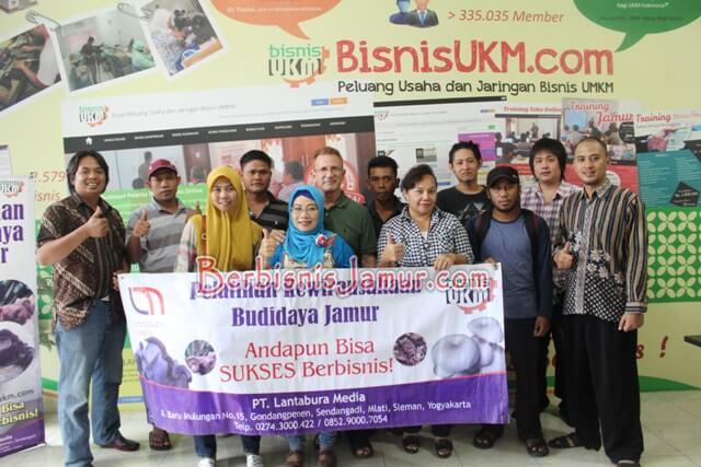 Foto Pemateri dan Peserta Training Jamur Tiram Angkatan 47
