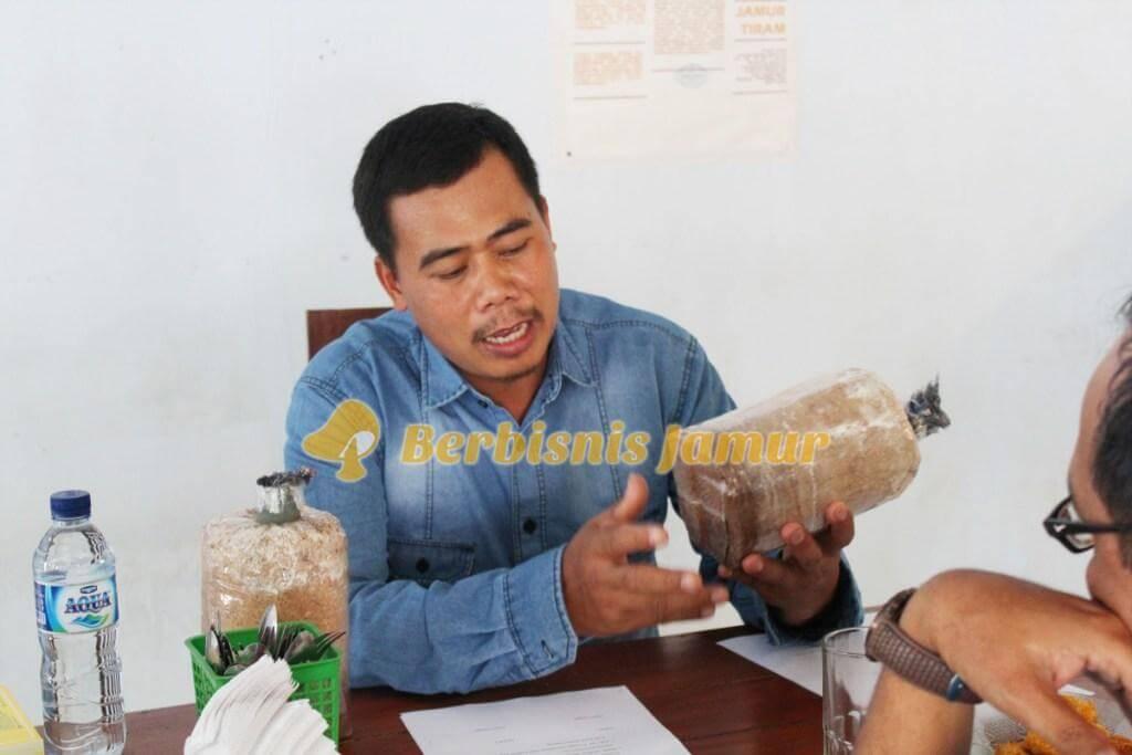 Penjelasan Bibit Jamur oleh Trainer jamur, angkatan 51